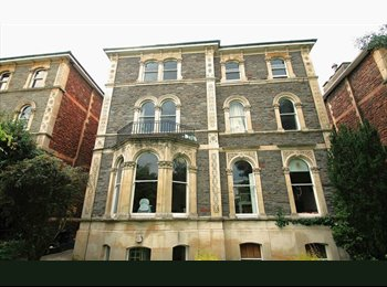 EasyRoommate UK - Double bedroom available 487PCM in STUNNING Clifton flat!, Bristol - £487 pcm