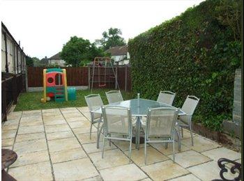 EasyRoommate UK - Great rooms in Chaddesden!, Derby - £325 pcm
