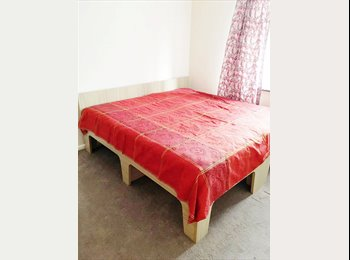EasyRoommate UK - Lovely Double Room in Barking, IG11, Barking - £550 pcm