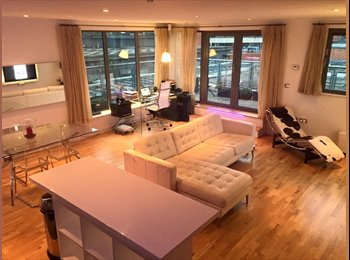 EasyRoommate UK - Double room in Bristol city centre penthouse, Bristol - £750 pcm