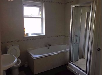 EasyRoommate UK - Room For Rent in Radford, Nottingham, Nottingham - £320 pcm