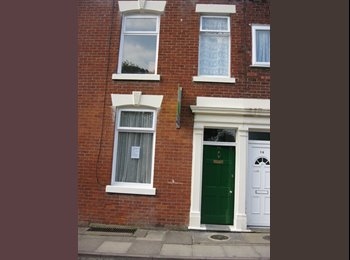 EasyRoommate UK - Spacious house which is situated close to the City centre and the University., Preston - £280 pcm