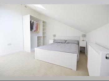 New build, interior design savvy, gated, quiet, apartment...