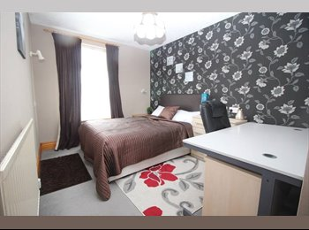 EasyRoommate UK - No Deposit or Upfront Fees!!!!- Preston PR2, Preston - £350 pcm