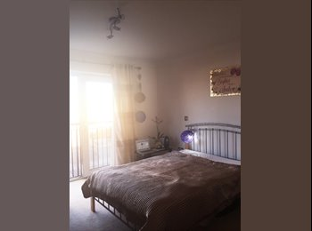 Large Double Bedroom in 2 floor Lovely Flat