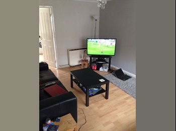 EasyRoommate UK - ROOM NEEDS GONE ASAP, Manchester - £445 pcm