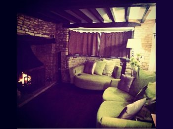 Room to rent in beautiful 3 bed cottage