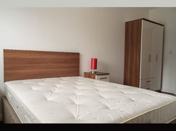 *CITY CENTRE ROOM TO RENT 30TH SEPTEMBER *