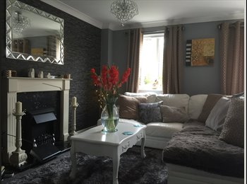 EasyRoommate UK - SMALL DOUBLE ROOM TO RENT NEAR AIRPORT FLEXIBLE STAY, Norwich - £380 pcm