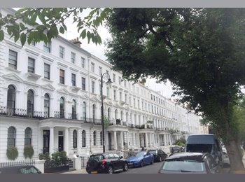 EasyRoommate UK - Rare room in quintessential Notting Hill property on Portobello, London - £1,300 pcm