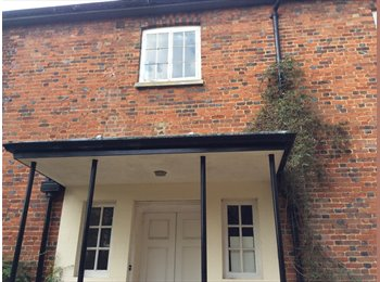 EasyRoommate UK - Free room in return for housework and gardening , Winslow - £10 pcm