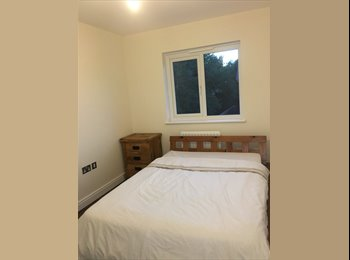 EasyRoommate UK - Spacious Double Room, Trumpington - £550 pcm
