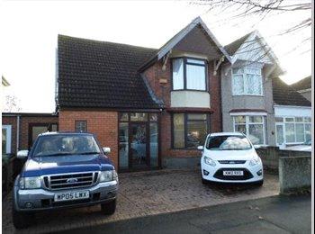 EasyRoommate UK - Beautiful home for share in Swindon SN1!, Swindon - £498 pcm