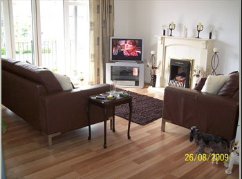 EasyRoommate UK - Lovely Double Room close to the Harbour, Gosport - £110 pcm