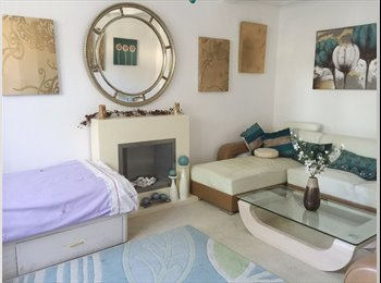 EasyRoommate UK - Lovely Double Room w/ own Bathroom in Newbury Park, IG2, Ilford - £650 pcm