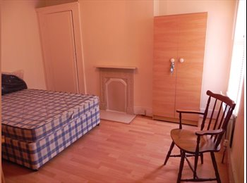 Lovely Double Room- Tooting Broadway