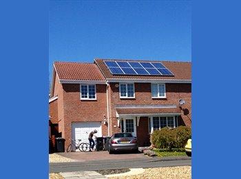 EasyRoommate UK - 5 bedroom family home, Trowbridge - £320 pcm