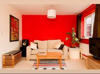 EasyRoommate UK - Lovely en-suite room - ASHLEY DOWN RD, Bristol - £650 pcm