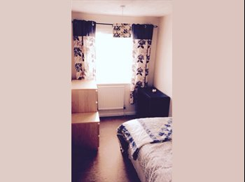 EasyRoommate UK - Double and single room available ALL BILLS INCLUDED, Bournemouth - £320 pcm