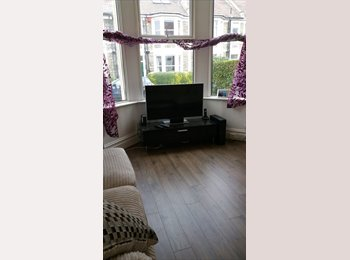 EasyRoommate UK - Student Let - Bishopston.  ALL BILLS INCL., Bristol - £500 pcm