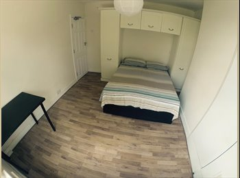 Big Single/Double Room 150pw near Walthamstow Central St.
