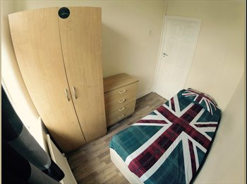 Single Room 120pw @Walthamstow Station