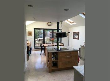 EasyRoommate UK - Mon to Fri double room in very nice house, Cambridge - £500 pcm