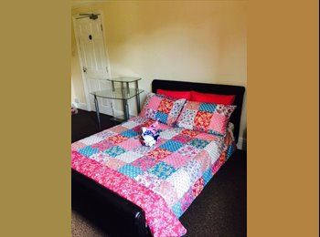 1 X VERY Large Double Room AVAILABLE