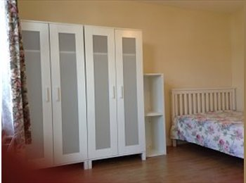 EasyRoommate UK - Two DOUBLE  room to let close BURNT OAK station and  PARK, 埃奇韦尔 - £520 pcm