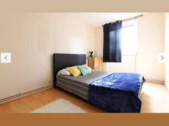 EasyRoommate UK - Large Double in Zone 2 East London Bow AVAILABLE NOW, London - £750 pcm