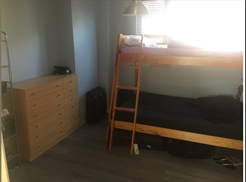 EasyRoommate UK - DOUBLE ROOM AVAILABLE, London - £720 pcm
