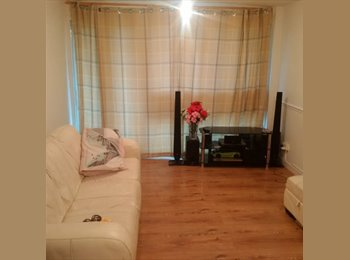 EasyRoommate UK - 2 Bedroom Flat,  FIRST MONTH £50 ONLY pp in Colindale., Edgware - £500 pcm