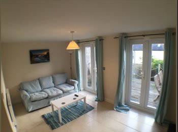 EasyRoommate UK - ** Large house in Truro close to hospital - All bills included **, Truro - £485 pcm