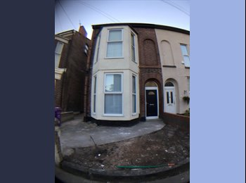 6 Stanley Street -L7   4 Room House Share