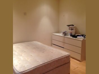 EasyRoommate UK - Furnished double room to rent, Edgware - £540 pcm