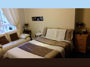 EasyRoommate UK - lovely room , Glasgow - £380 pcm