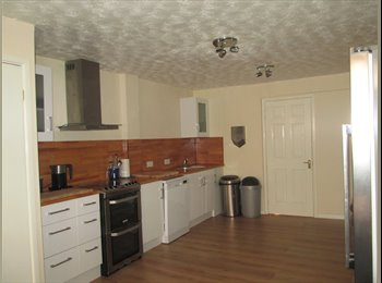 EasyRoommate UK - Single Room in a lovely house in Worksop, Worksop - £325 pcm