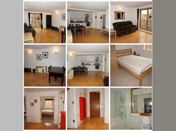 Double bedroom with its own bathroom in City Centre M1