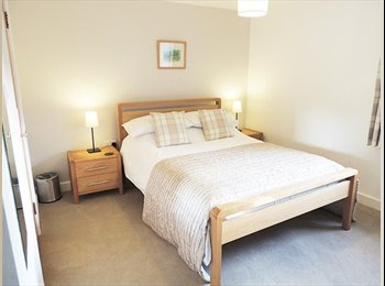 EasyRoommate UK - Amazing Large Double Bedroom - From £549, London - £549 pcm