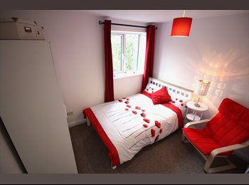EasyRoommate UK - NEW Double Ensuites; Couples welcome, Bristol - £530 pcm