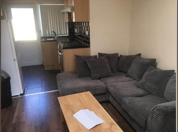 EasyRoommate UK - Ensuite bedroom to rent, Oxford - £550 pcm