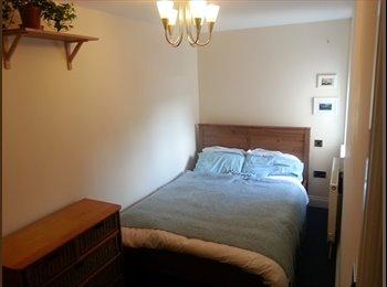 EasyRoommate UK - Double room in Cricklewood, London - £645 pcm