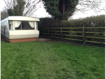 mobile home to rent, part of a farm, own enclosed garden
