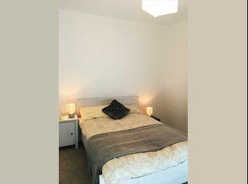 EasyRoommate UK - Cozy Room In Bath, Bath - £750 pcm