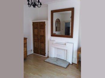EasyRoommate UK - Double room in character houseiin Central Leamington Spa, Royal Leamington Spa - £480 pcm
