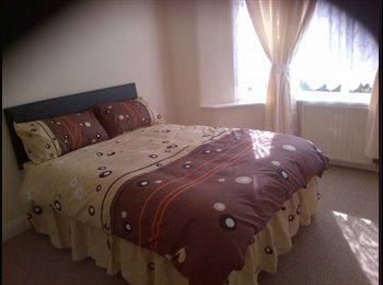 EasyRoommate UK - Room to rent in Leyton - London, London - £480 pcm