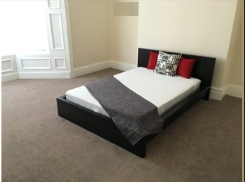Available Spacious Well Decorated Double Bedroom with All...