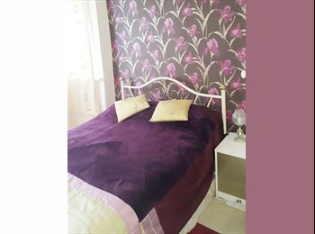EasyRoommate UK - Lovely Double Room in Edgware, HA8, Edgware - £600 pcm