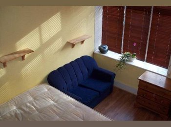 Double Semi-Studio flat In a Great Location