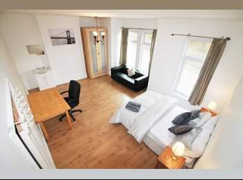 5 bed victorian propeorty 10 min walk from station